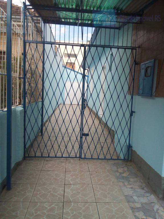 Casa residencial à venda, Vila João Pessoa, Porto Alegre.