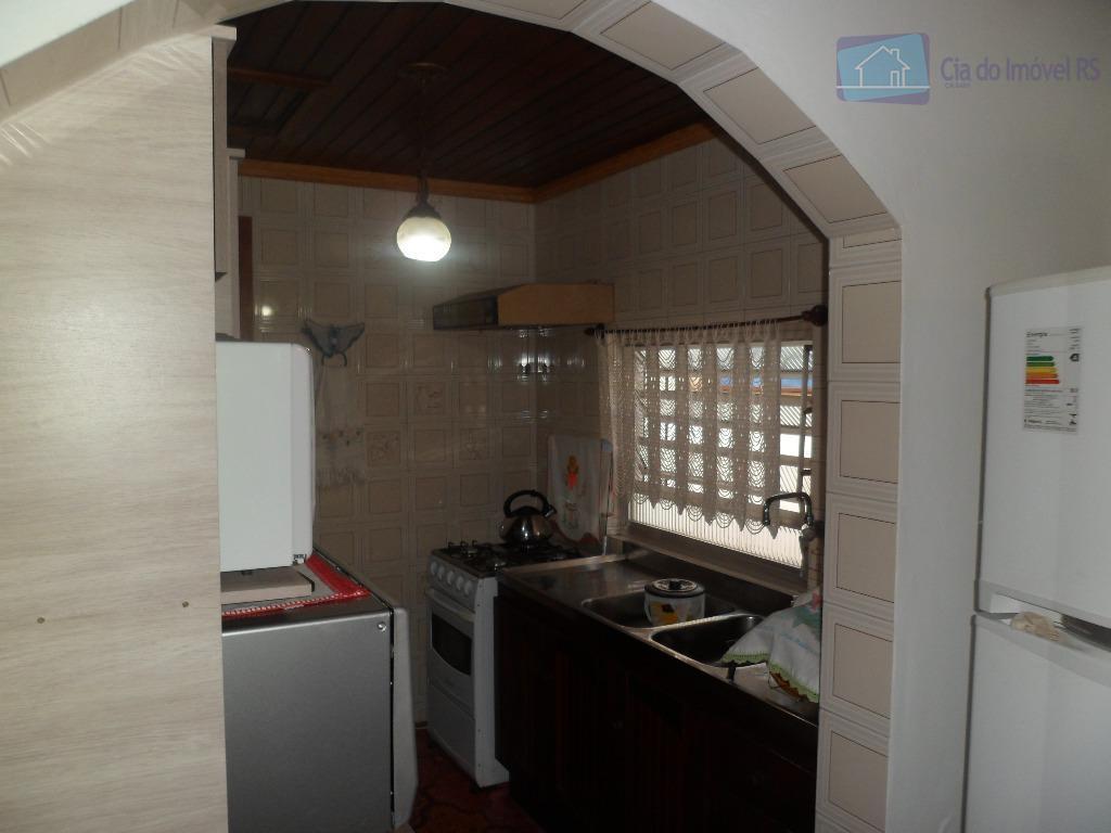 ciadoimovelrs vende casa em alvenaria com terreno padrão 10 x30 mts . porto alegre, passo da...