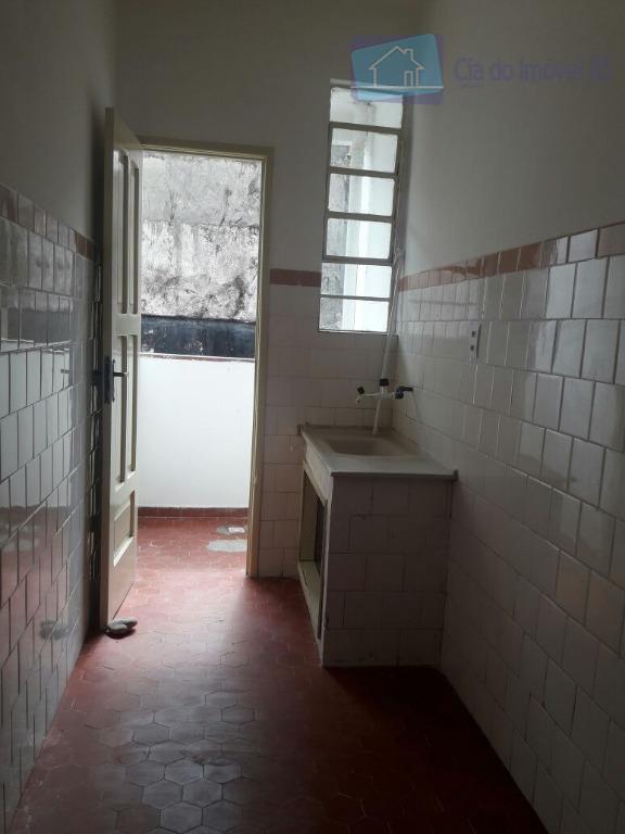 excelente apartamento com 01 dormitório,sala,cozinha,banheiro,área de serviço,interfone,ótima localização.ligue (51) 3341.8626 e agende sua visita, mais opções...