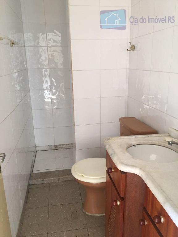 excelente apartamento com 01 dormitório,sala,cozinha,área de serviço,portaria 24 horas.ligue (51) 3341.8626 e agende sua visita, mais...