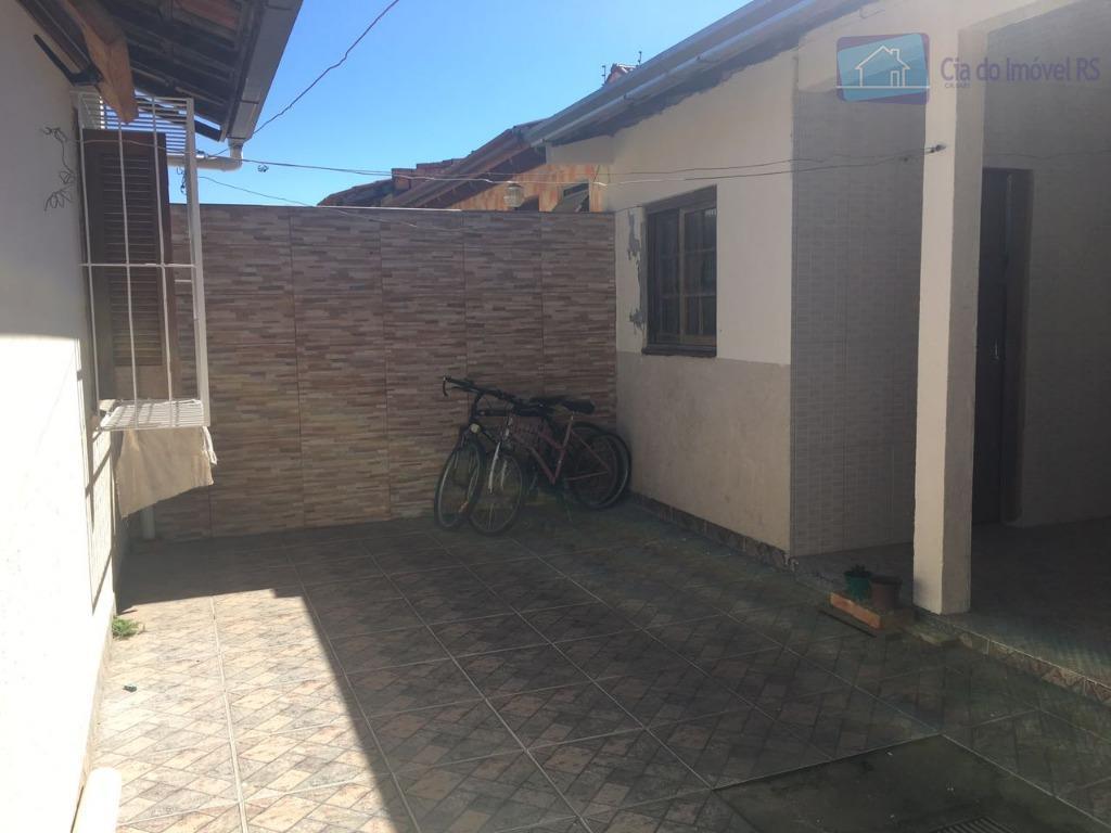 casa em alvenaria no loteamento jardim algarve em alvorada/rs.terreno medindo 07 x 25 m . com...