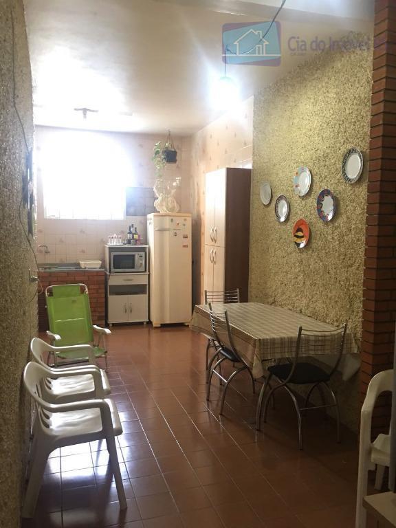 excelente casa com 02 dormitórios,02 salas,banheiro,cozinha,área de serviço,03 vagas de garagem.ligue (51) 3341.8626 e agende sua...