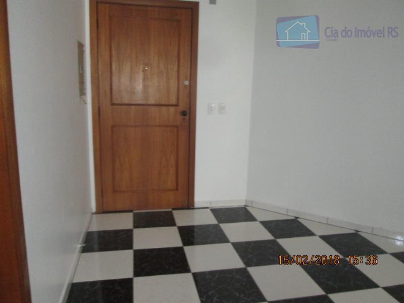 excelente comercial no bairro cristo redentor. imóvel com área útil de 45m², 4°andar, de frente, posição...