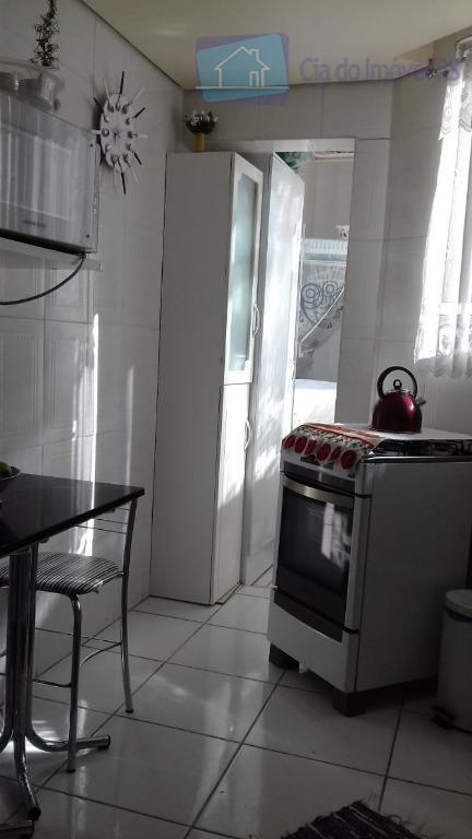 excelente apartamento com 02 dormitórios com ar condicionando e ventilador de teto,sala ampla,cozinha com armários,banheiro,área de...