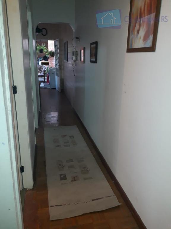 excelente sobrado com 03 dormitórios,sala,cozinha,banheiros,churrasqueira.ligue (51) 3341.8626 e agende sua visita, mais opções em www.ciadoimovelrs.com.bratendimento pelo...