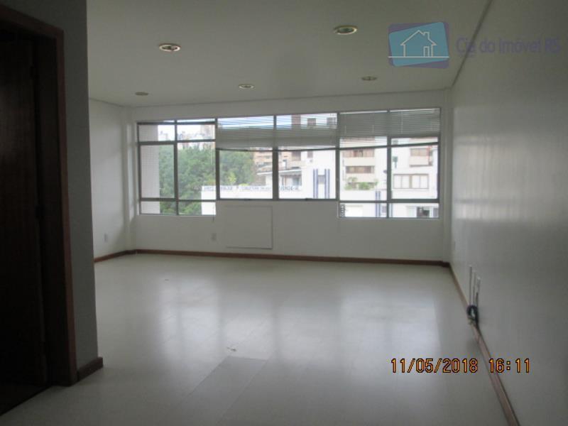 excelente sala com 148m², recepção,sala ampla,dois banheiros 5.andar (cobertura) possui uma sala, banheiro e terraço com...