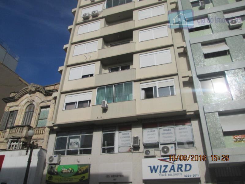 Apartamento com 1 dormitório para alugar, 35 m² por R$ 800/mês
