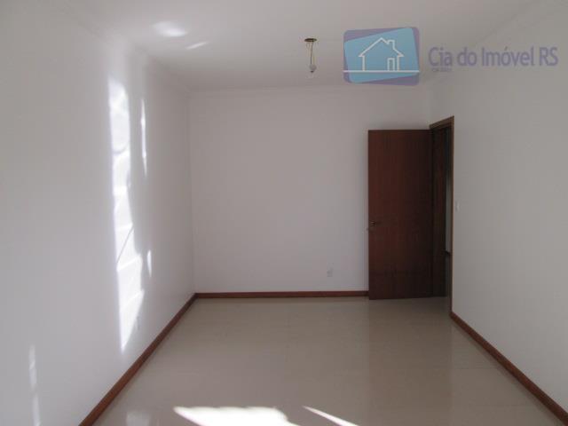 excelente casa com 110m²,03 dormitórios,sala,cozinha,banheiro,área de serviços,05 vagas de garagem.ligue (51) 3341.8626 e agende sua visita,...