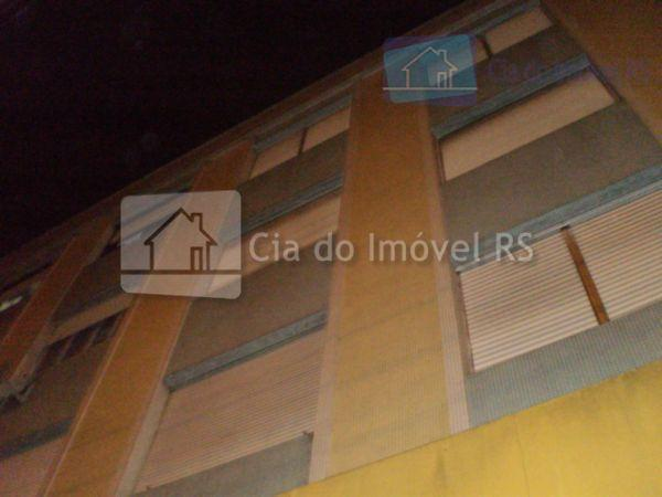 Apartamento com 3 dormitórios para alugar, 87 m² por R$ 1.500/mês