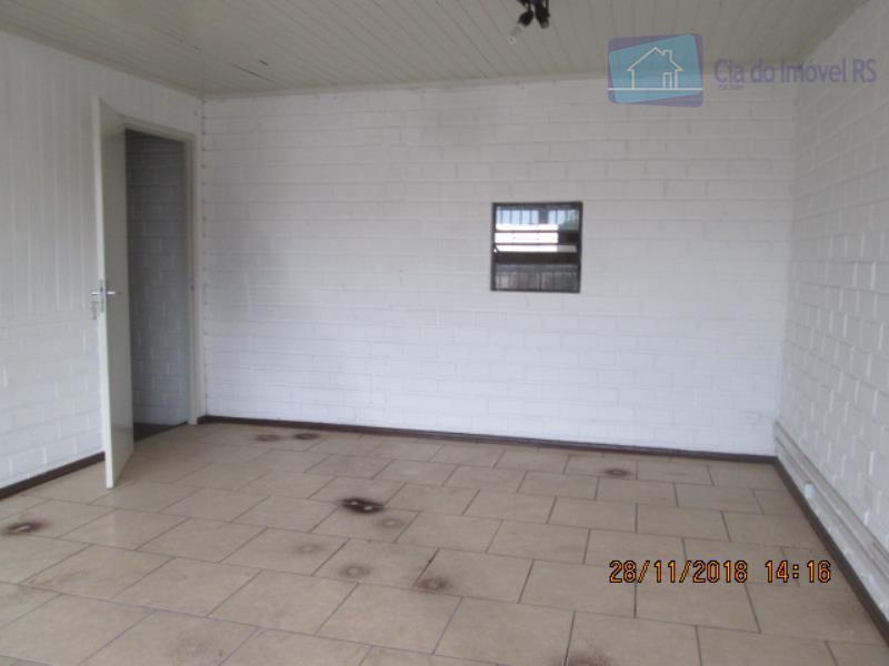 excelente depósito com 300m²,mezanino com escritórios,com 02 banheiros,06 vagas de garagem,ligue (51) 3341.8626 e agende sua...