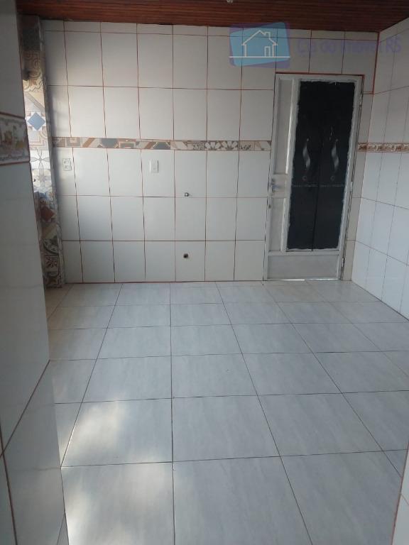 excelente casa com 03 dormitórios,sala ampla com lareira,cozinha,banheiro,02 vagas de garagem,ligue (51) 3341.8626 e agende sua...