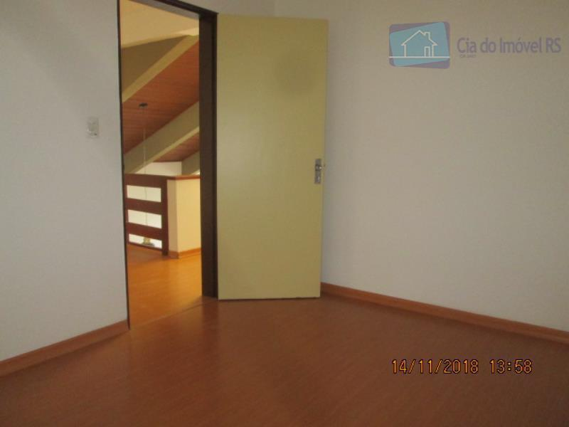 excelente casa com 280m²,03 dormitórios,sala ampla,cozinha,banheiros,área de serviço,01 vaga de garagem.agende já sua visita,pelo fone:33418626 ou...
