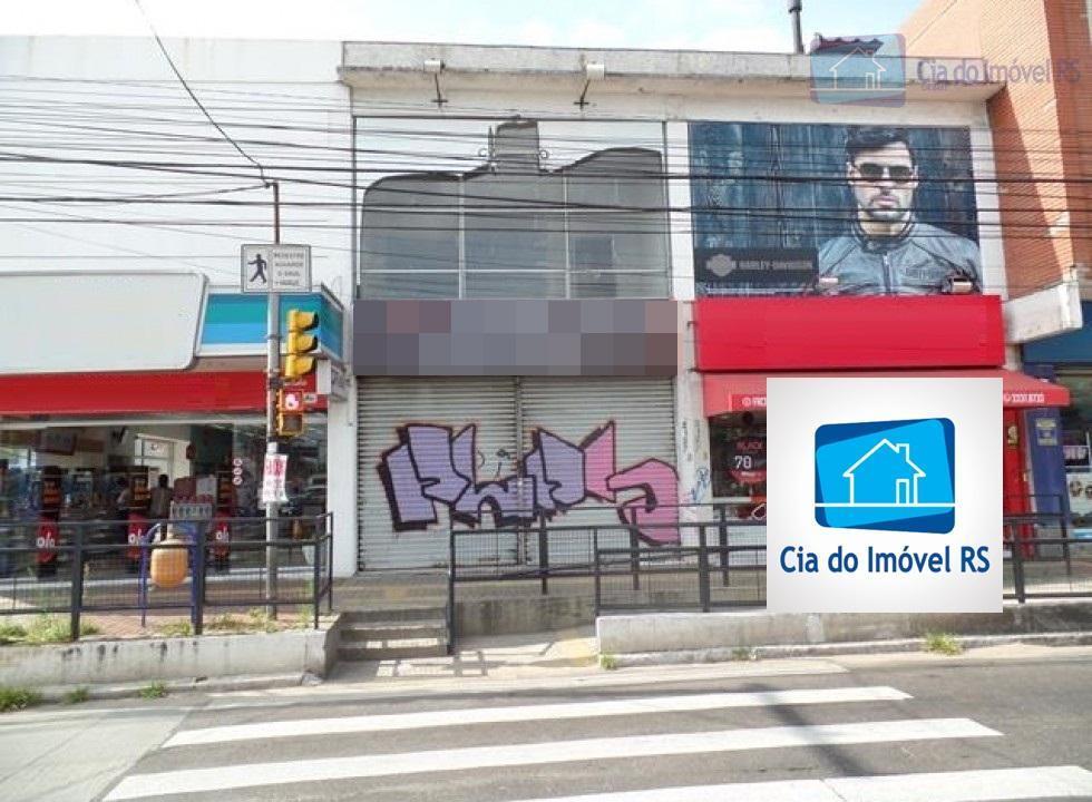 excelente loja comercial com aproximadamente 138m², de frente, banheiro, com excelente localização comercial na assis brasil...