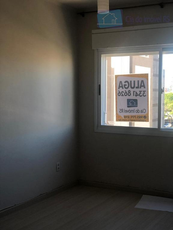 excelente apartamento com 01 dormitório no bairro passo da areia. imóvel com 43m², 4º andar, frente,...
