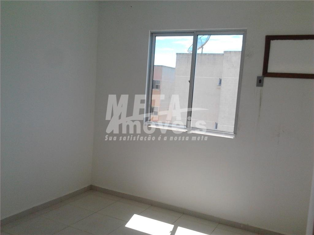 apto nascente, frente com 54m², c/ 2 qtos, sala, cozinha c/ área de serviço, wc social,...