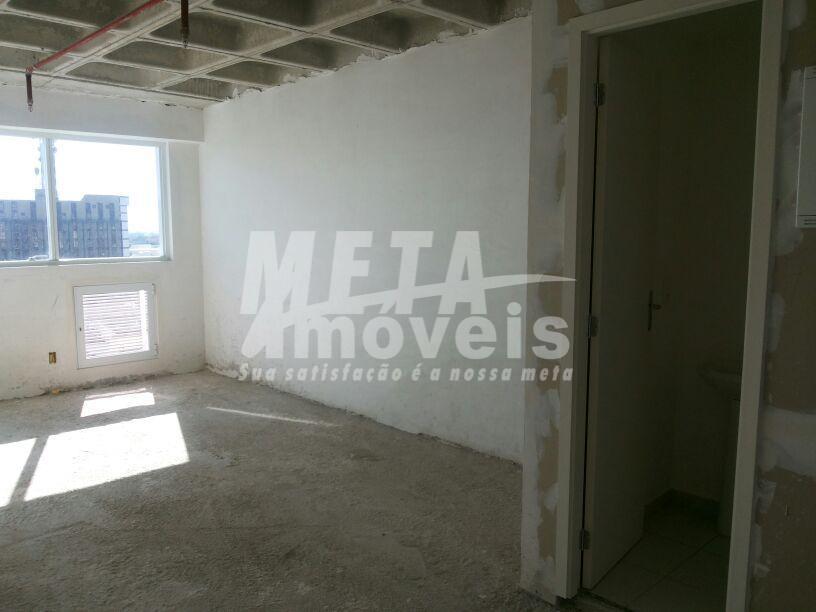 sala comercial fundos nascente, wc,  medindo 28m²,  vaga coberta. ref. meta imóveis - 6604