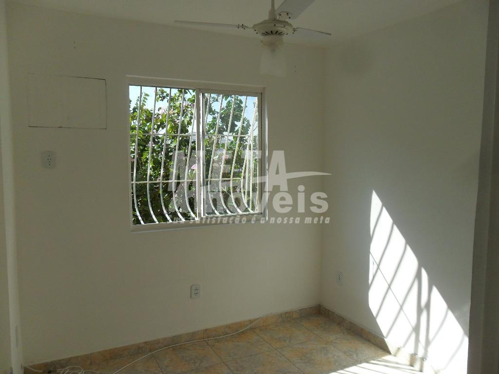 Apartamento  residencial à venda, Parque Califórnia, Campos dos Goytacazes.
