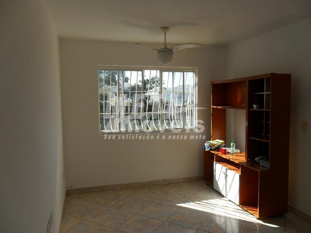 apto bem localizado próximo a uenf, condomínio com guarita.03 qtos, wc social e wc de empregada,...
