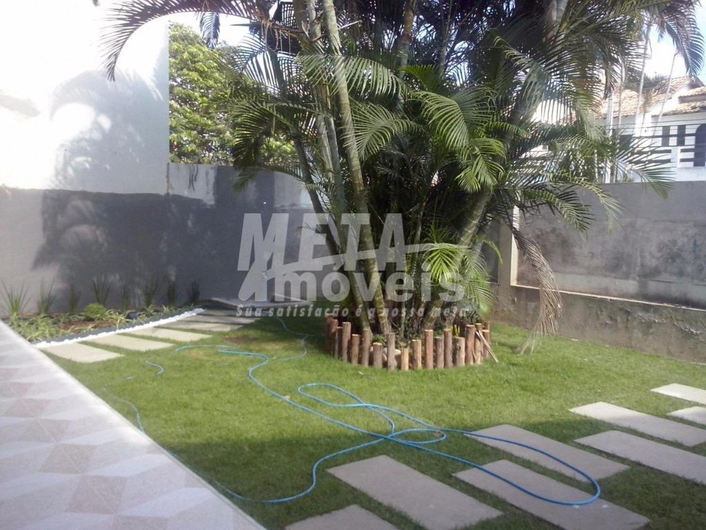 Casa residencial à venda, Parque Califórnia, Campos dos Goytacazes.