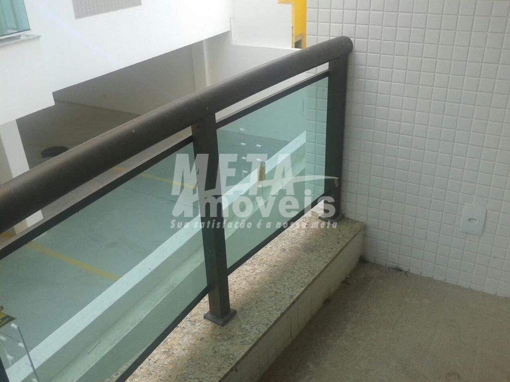 Apartamento com 2 dormitórios à venda, 64 m² por R$ 270.000  Rua Luiz Izaltino de Oliveira, 36 - Parque Turf Club - Campos dos Goytacazes/RJ