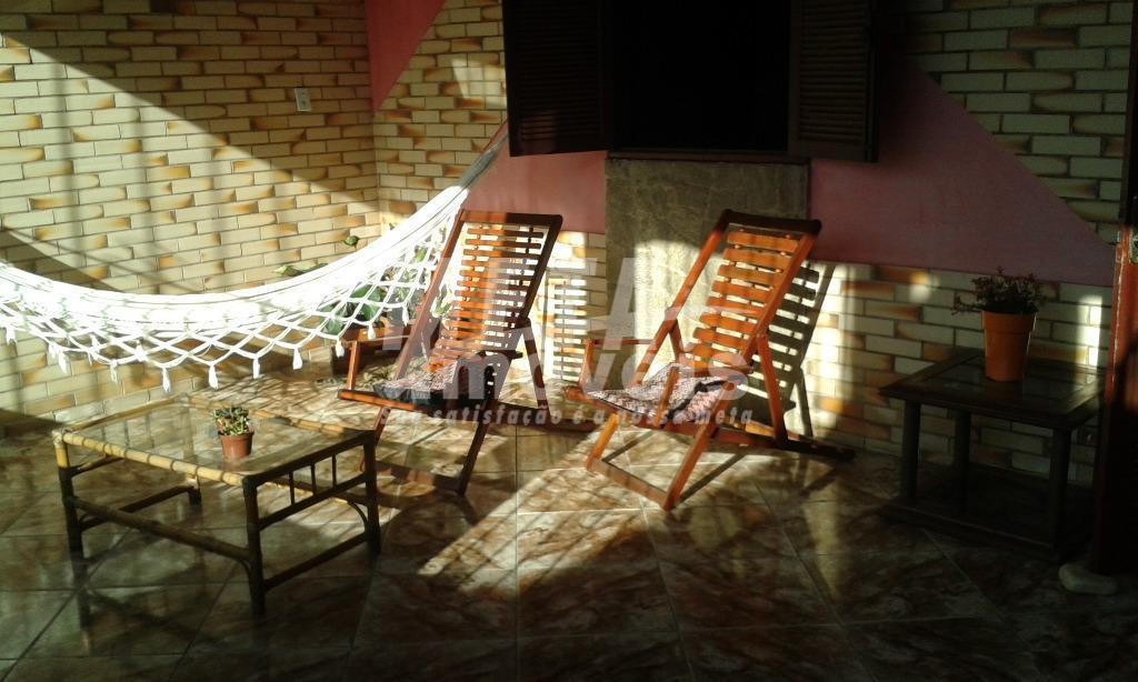 Casa residencial à venda, Parque Califórnia, Campos dos Goytacazes - CA0535.