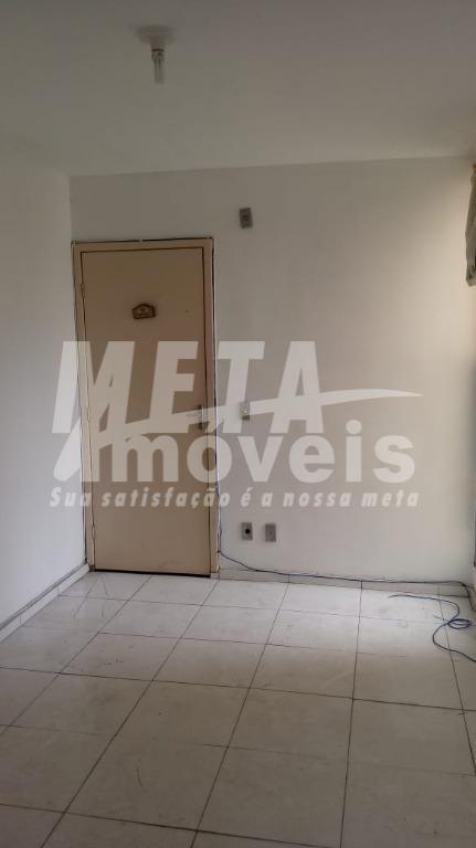 Apartamento com 2 dormitórios à venda, 45 m² por R$ 90.000 - Parque Penha - Campos dos Goytacazes/RJ