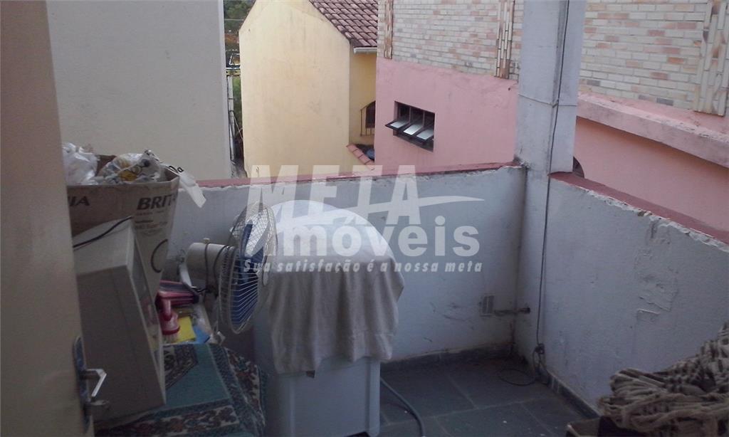 Sobrado com 1 dormitório à venda, 30 m² por R$ 60.000 - Parque Califórnia - Campos dos Goytacazes/RJ