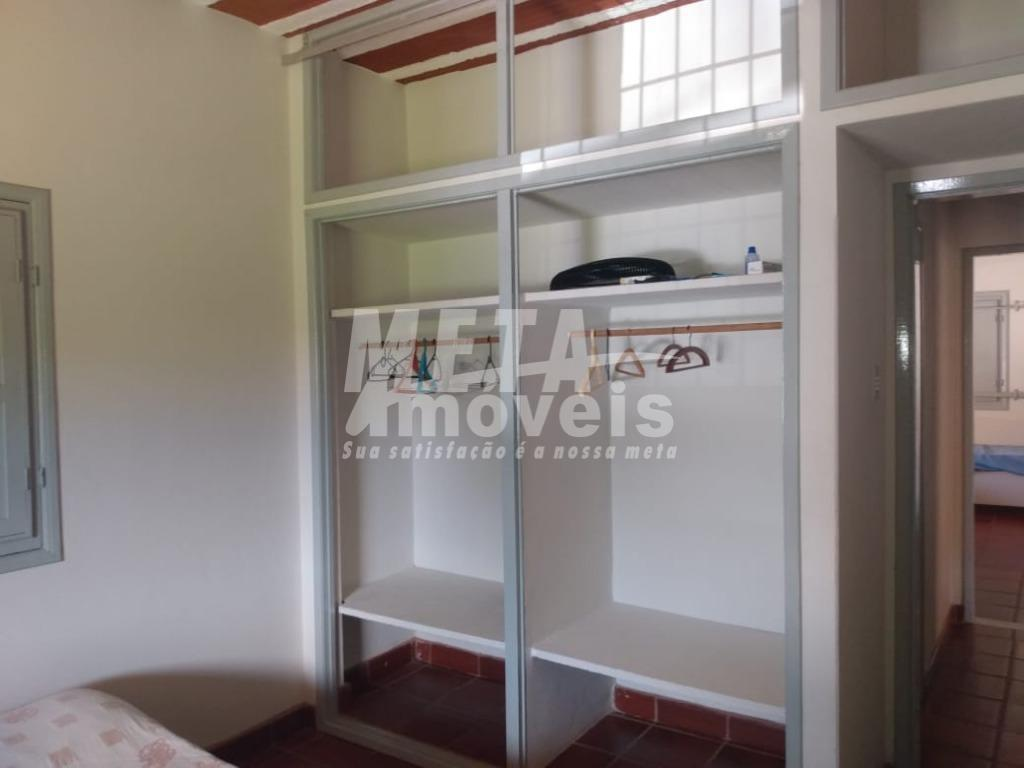 casa nascente, 3 qtos, sala, cozinha, copa, edícula, 2 wc (suíte ), acabamento em cerâmica, 4...