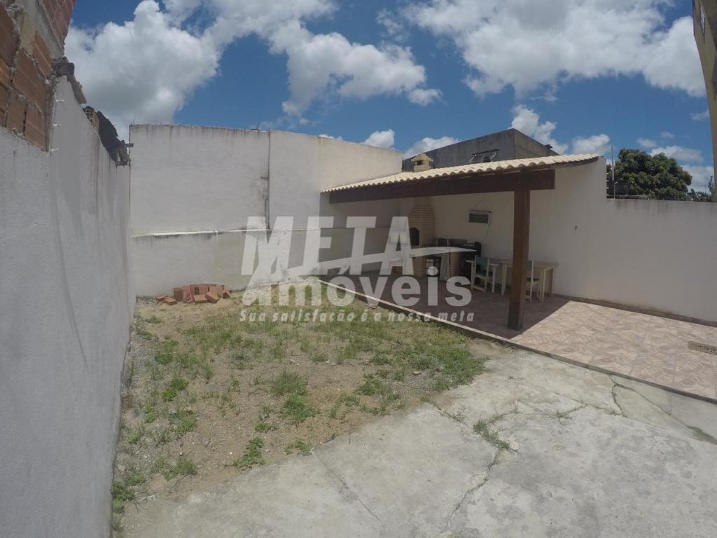 Casa com 3 dormitórios à venda, 124 m² por R$ 330.000 - Parque Leopoldina - Campos dos Goytacazes/RJ