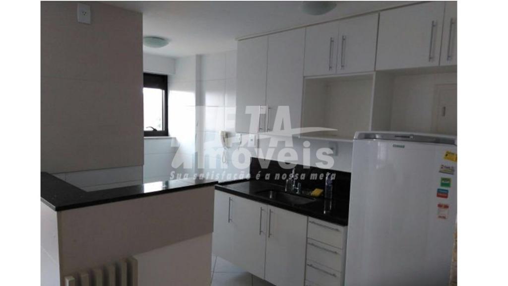 Apartamento com 1 dormitório à venda, 73 m² por R$ 175.000 - Centro - Campos dos Goytacazes/RJ