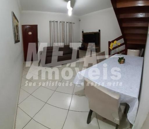 Casa com 2 dormitórios à venda, 84 m² por R$ 220.000 - Parque Rosário - Campos dos Goytacazes/RJ