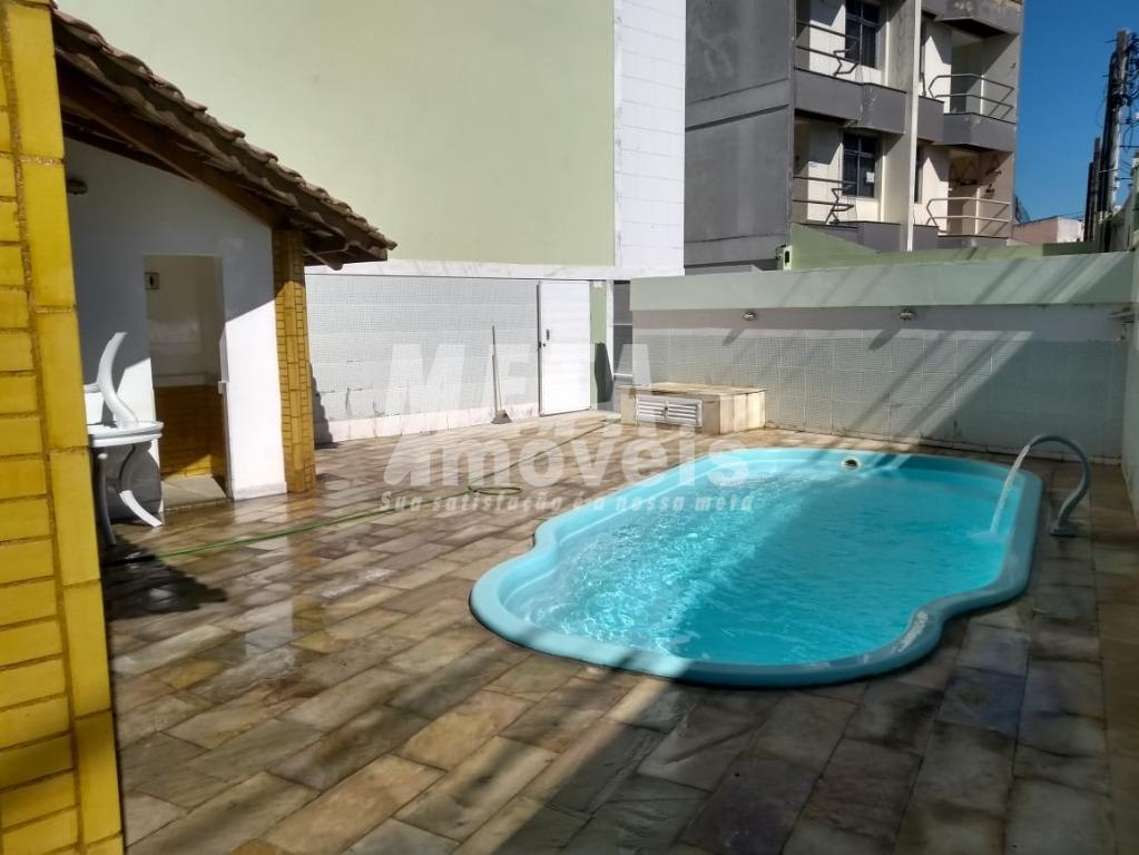 Casa com 2 dormitórios à venda, 124 m² por R$ 350.000 - Parque Califórnia - Campos dos Goytacazes/RJ