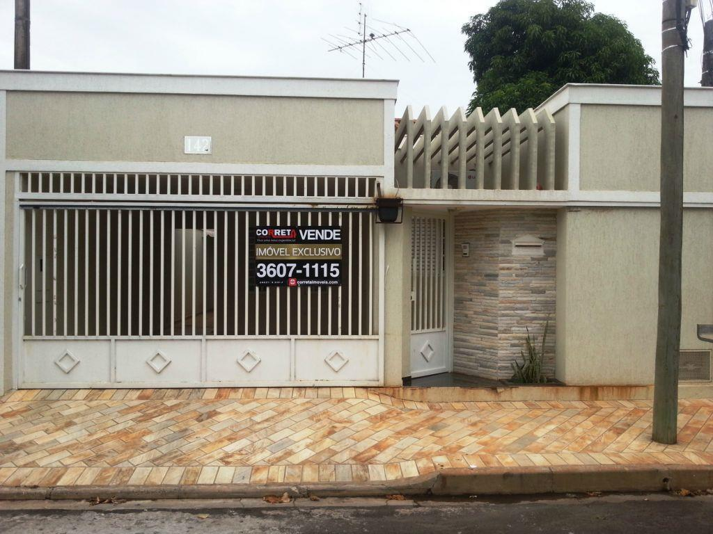 Casa residencial à venda, Conjunto Habitacional Hilda Mandarino, Araçatuba - CA2354.