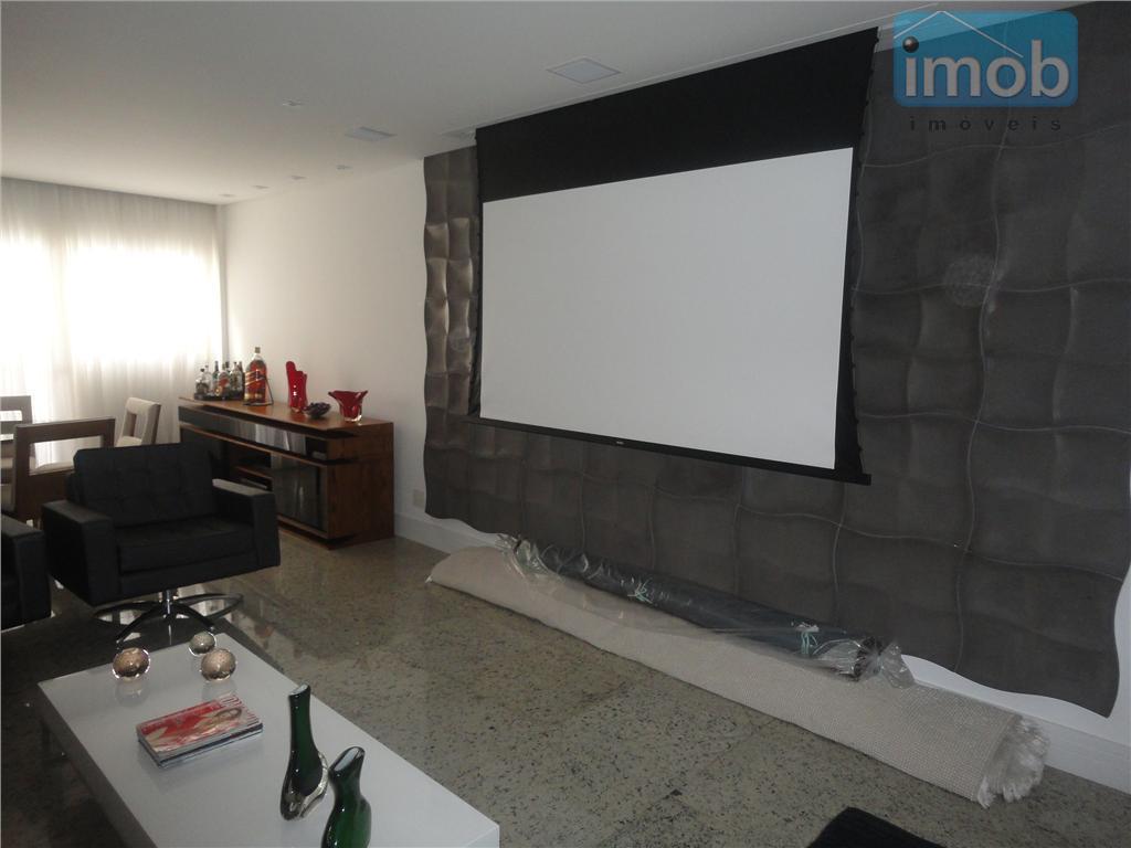 excelente apartamento no gonzaga, andar alto, finamente decorado, todo com som ambiente em todo o aparatamento....