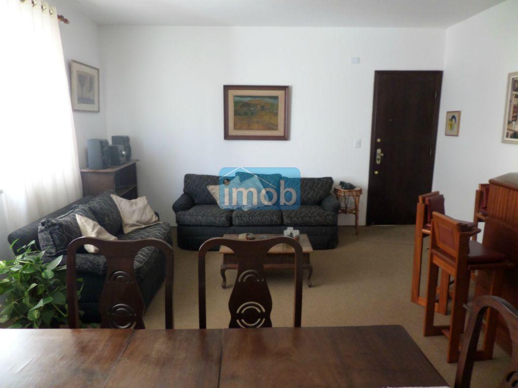 Excelente apartamento  de 3 dormitórios no Gonzaga, Santos.