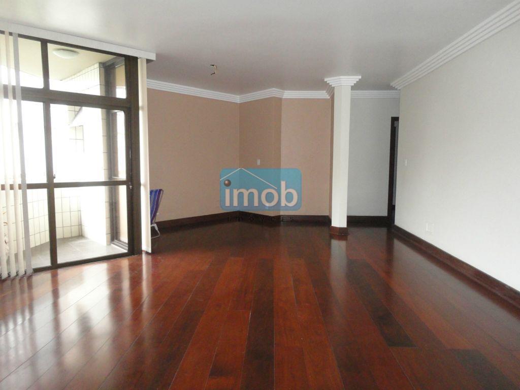 Ótimo apartamento  de 3 dormitórios a 1 quadra da praia, Pompéia, Santos.