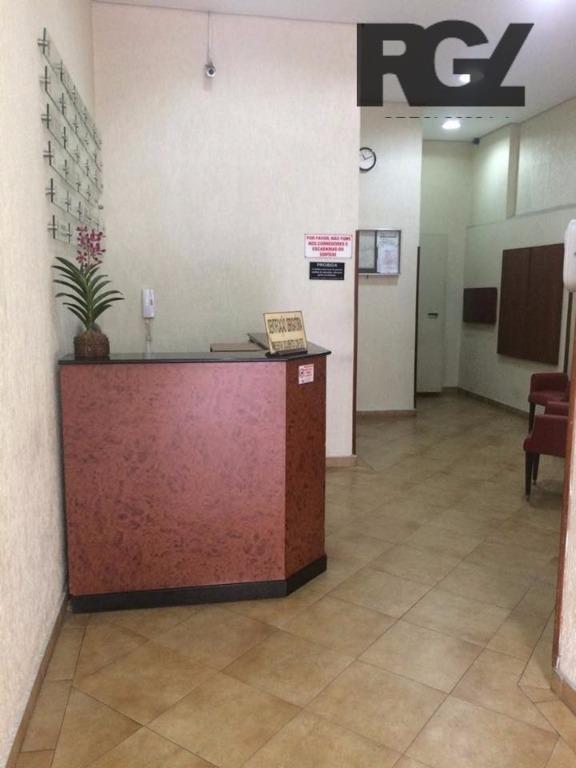Conjunto à venda em Encruzilhada, Santos - SP