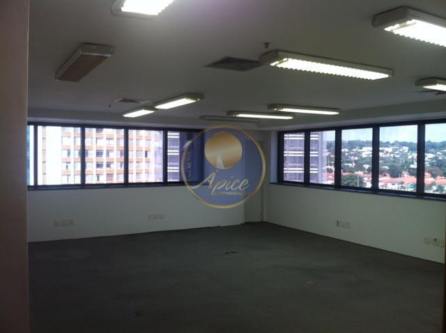 Conjunto comercial para locação, Pinheiros, São Paulo.