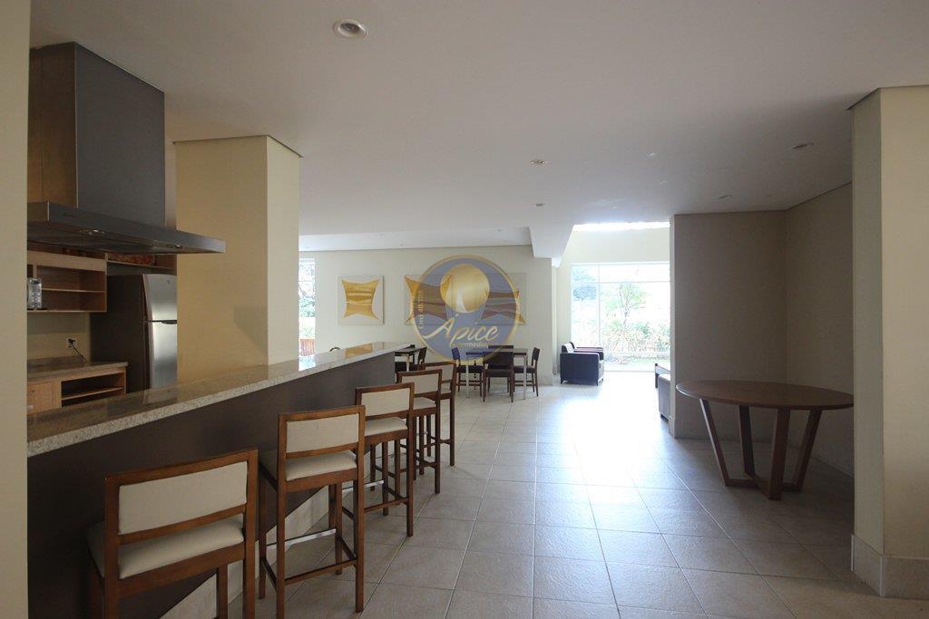Apartamento de 3 dormitórios em Vila Romana, São Paulo - SP
