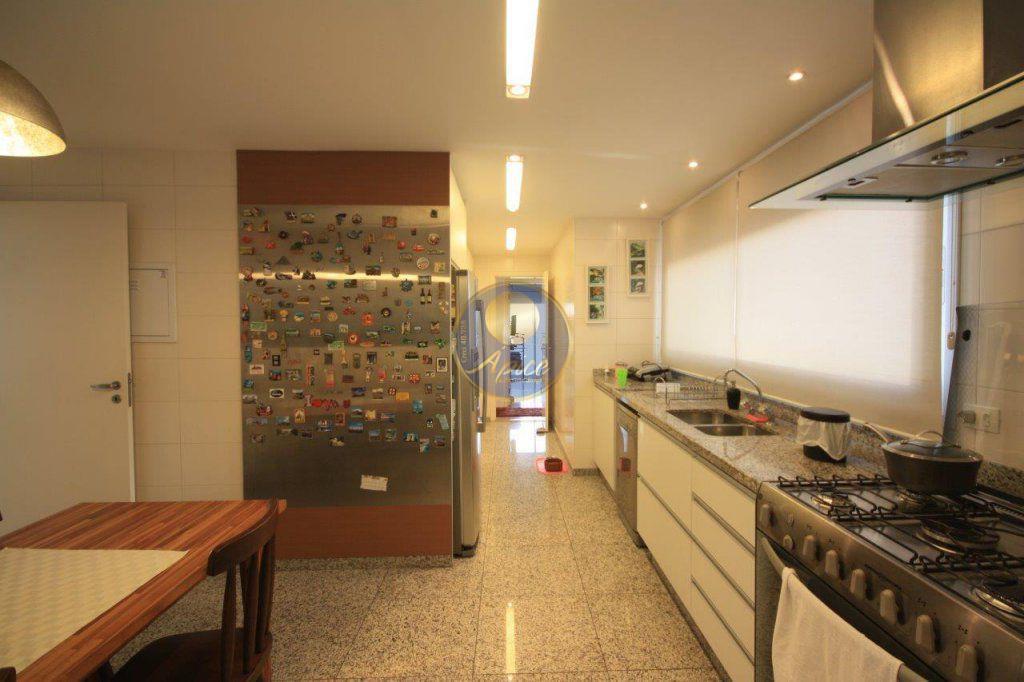 Apartamento de 4 dormitórios em Vila Pompéia, São Paulo - SP