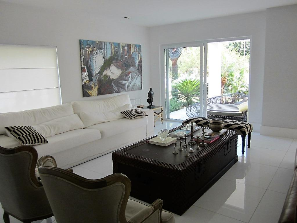 Casa residencial para venda e locação, Barra da Tijuca, Rio de Janeiro.