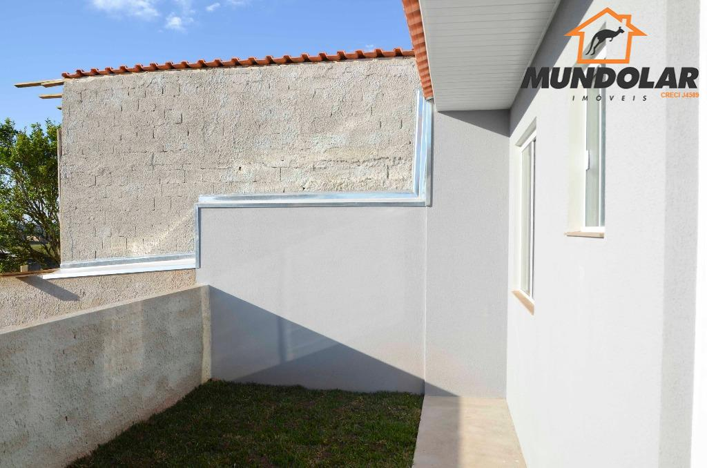 linda casa no bairro veneza em fazenda rio grande.contendo: * 2 quartos amplos e arejados; *...