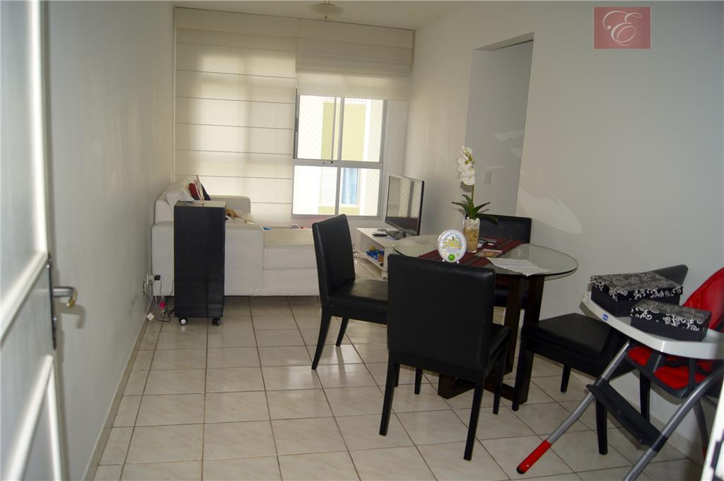 Apartamento residencial para venda e locação, Altos da Raposo, Cotia - AP0241.