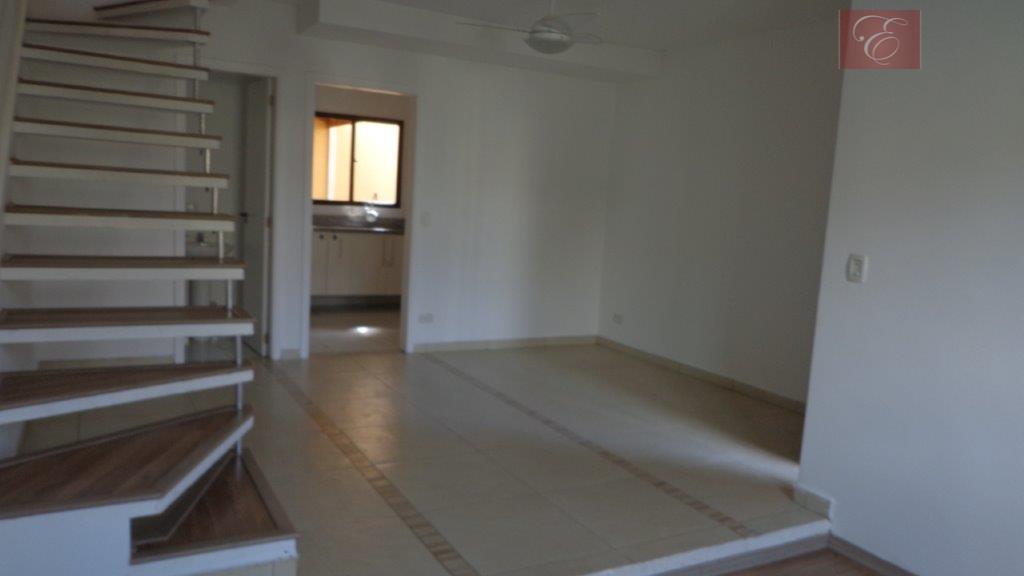 Sobrado residencial à venda, San Filipi, Cotia.