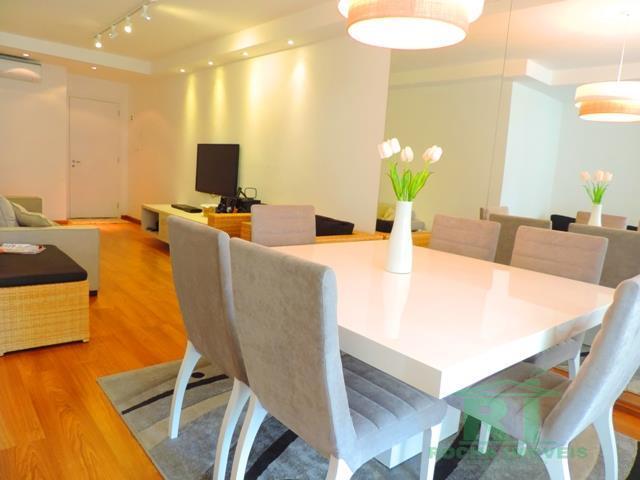 Apartamento á venda na praia das Pitangueiras região nobre