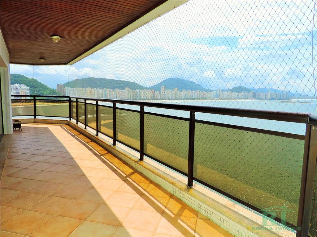 Apartamento de alto padrão á venda na praia das Astúrias de frente total para o mar !