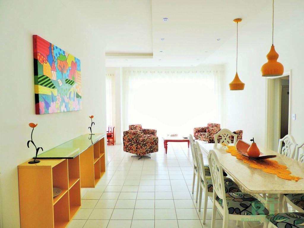 Apartamento à venda de frente ao mar na praia das Pitangueiras