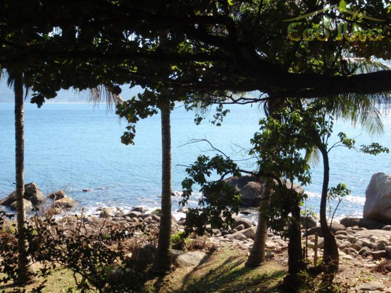 Costeira à venda, Bexiga, Ilhabela.