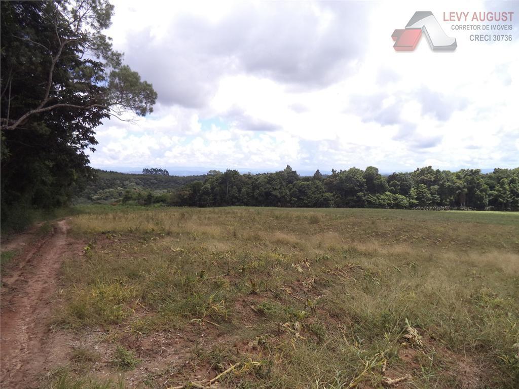 Área  rural à venda.