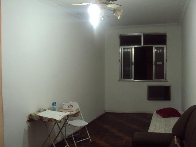 Apartamento residencial à venda, Irajá, Rio de Janeiro.
